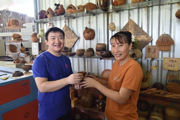 Học công ty mẹ Alibaba, Lazada muốn trở thành trùm TMĐT ở nông thôn Việt Nam  - Ảnh 2.