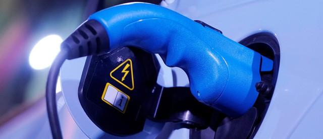 Bong bóng xe điện 18 tỷ USD của Trung Quốc đứng trước nguy cơ vỡ tung - Ảnh 3.