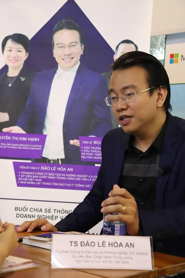 """Tiến sĩ tâm lý Đào Lê Hòa An chỉ ra cách doanh nghiệp bán hàng: Phải tìm ra nỗi đau của khách hàng và """"chích"""" đúng thuốc - Ảnh 1."""