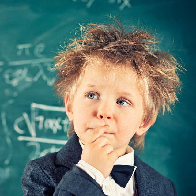 Bài viết hướng dẫn cách phụ huynh trả lời những câu hỏi hóc búa của con gây bão mạng xã hội: Đừng bỏ qua cơ hội trả lời trẻ, đó là cách cha mẹ giúp con phát triển tư duy ngay khi còn nhỏ  - Ảnh 2.
