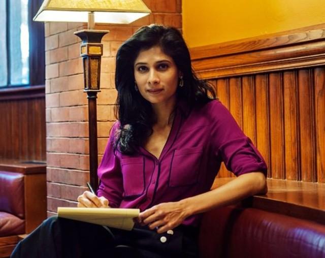 Chuyện chưa kể về người phụ nữ đầu tiên giữ chức kinh tế trưởng của IMF: Từ cô gái trung lưu Ấn Độ xinh đẹp đến vị giáo sư xuất sắc của Harvard ai cũng nể phục! - Ảnh 2.