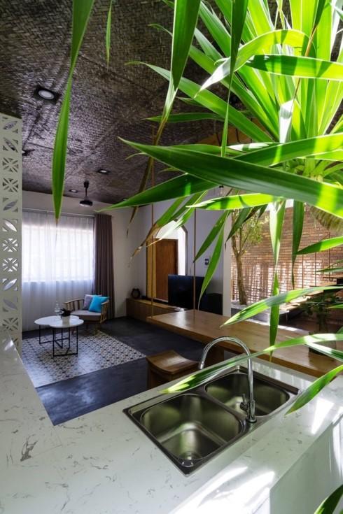 Ngôi nhà mang phong cách nhiệt đới giữa lòng Đà Nẵng - Ảnh 5.
