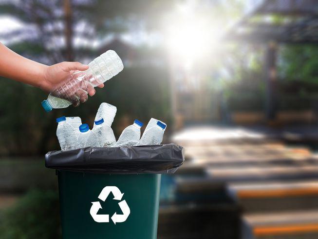vứt rác đúng chỗ - photo 1 1556069223914991169221 - Video hé lộ sự thật về tái chế rác nhựa: Thì ra việc vứt rác đúng chỗ thôi là chưa đủ