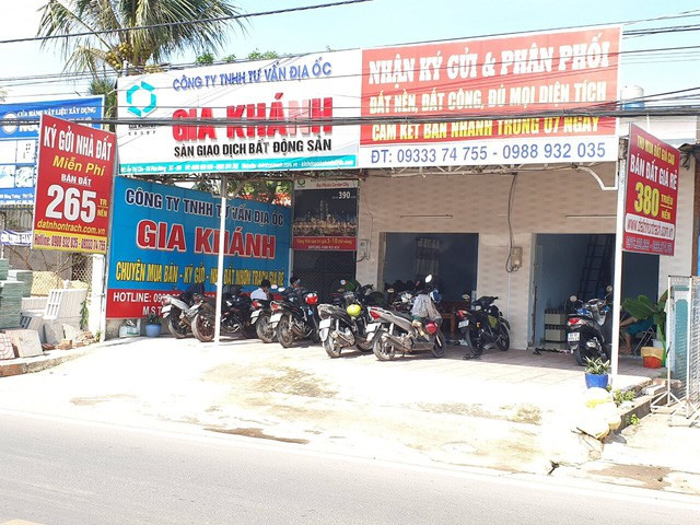 Nhộn nhịp giao dịch nhà đất tại Nhơn Trạch (Đồng Nai), phòng công chứng quá tải - Ảnh 4.