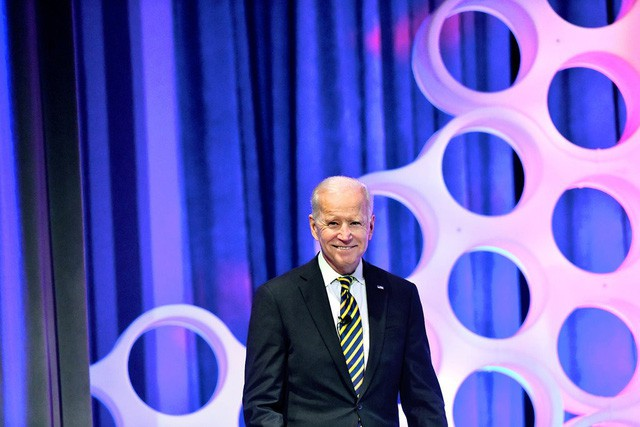 Joe Biden: Vị Phó tổng thống phải tính chuyện bán nhà lấy tiền chữa bệnh cho con sẽ thách thức chiếc ghế quyền lực của ông Trump - Ảnh 1.