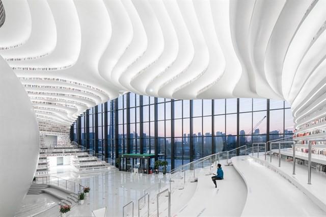 """thư viện tân hải - photo 1 15562483167031009669499 - Choáng ngợp với vẻ đẹp của thư viện """"quốc dân"""" lớn nhất Trung Quốc: Hoành tráng đến mức nhìn không thua gì phim trường!"""