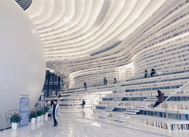 """thư viện tân hải - photo 12 1556248319457444635241 - Choáng ngợp với vẻ đẹp của thư viện """"quốc dân"""" lớn nhất Trung Quốc: Hoành tráng đến mức nhìn không thua gì phim trường!"""
