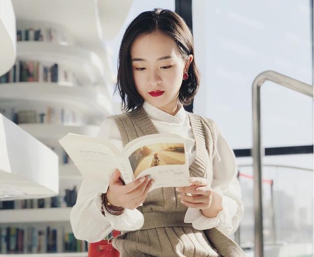 """thư viện tân hải - photo 6 15562483194461640330064 - Choáng ngợp với vẻ đẹp của thư viện """"quốc dân"""" lớn nhất Trung Quốc: Hoành tráng đến mức nhìn không thua gì phim trường!"""