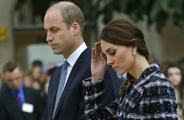 Trước tin chồng ngoại tình với bạn thân của mình, Công nương Kate đã lựa chọn cách giải quyết này khiến ai cũng gật gù đồng tình - Ảnh 2.