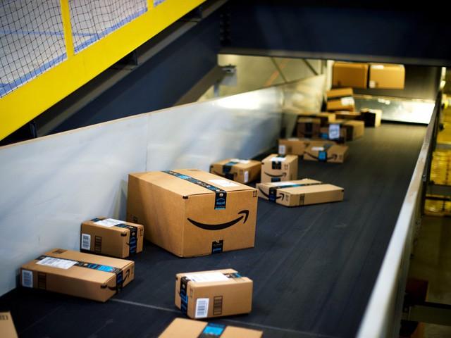 """jeff bezos, amazon, - photo 1 1554549786258523674803 - Một công ty lớn chỉ tồn tại trong 30 năm, còn đây là 4 chiến lược Jeff Bezos dùng để giúp Amazon """"trường tồn"""" mãi mãi với giá trị """"khủng"""" nhất thế giới!"""