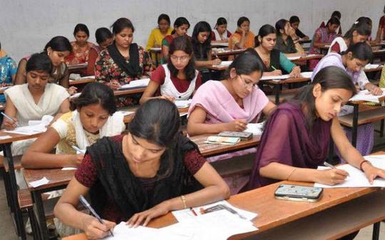 Ấn Độ: 19 học sinh tự tử vì bị chấm điểm sai - Ảnh 2.