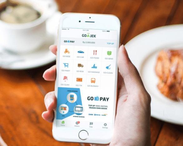 Vốn là những ứng dụng gọi xe, Grab và Gojek đã đưa dịch vụ tài chính đến với đông đảo người dân Đông Nam Á như thế nào? - Ảnh 2.