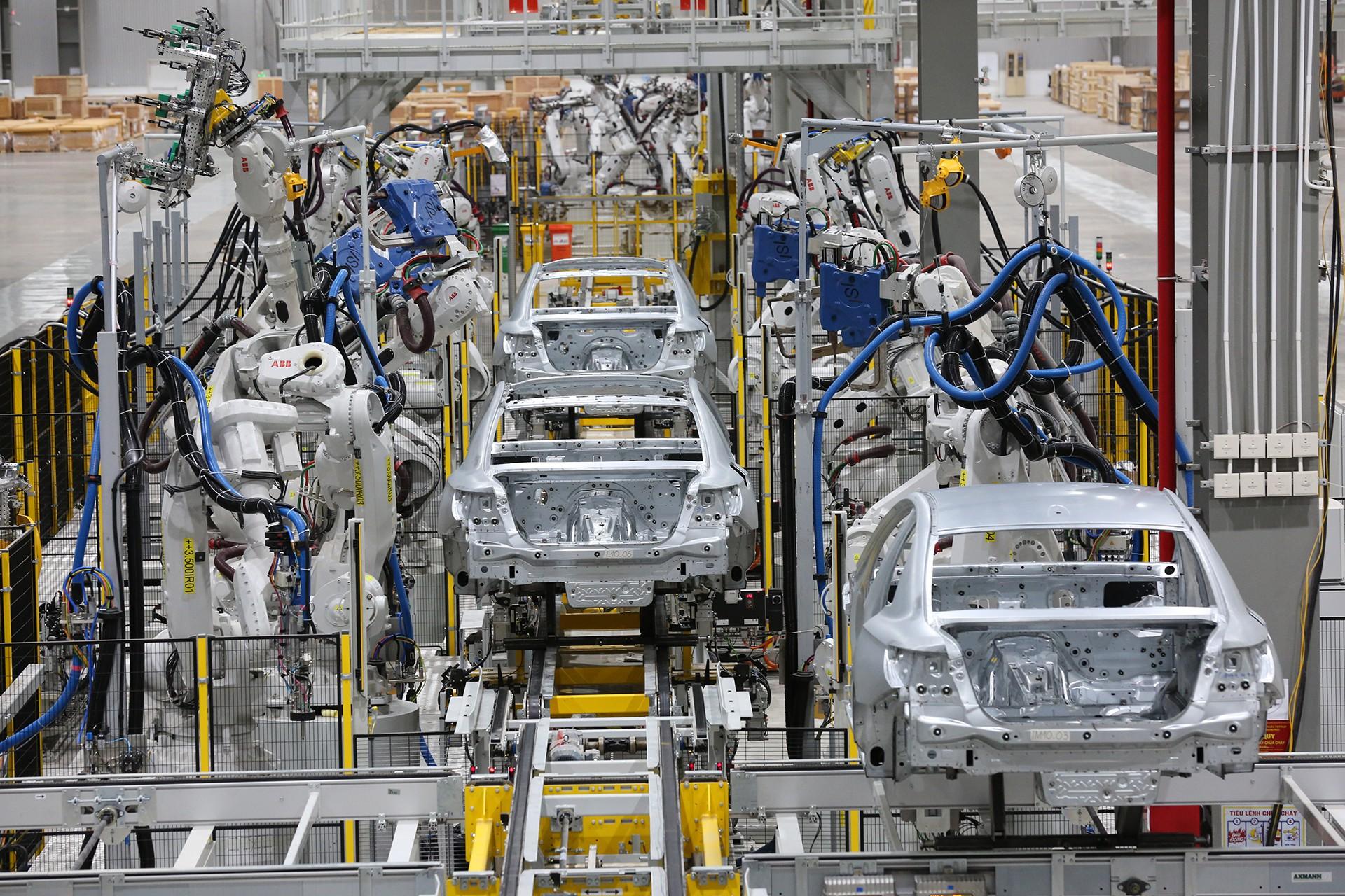 vinfast - 1p0a4397 1557962891901492703136 - Hé lộ hình ảnh bên trong nhà máy sản xuất ô tô sắp khánh thành của VinFast