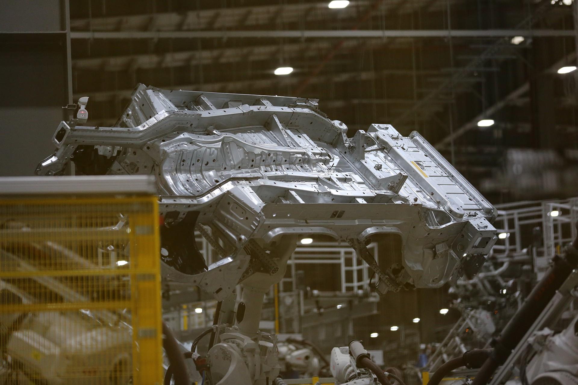 vinfast - 1p0a4448 1557962891906611894027 - Hé lộ hình ảnh bên trong nhà máy sản xuất ô tô sắp khánh thành của VinFast