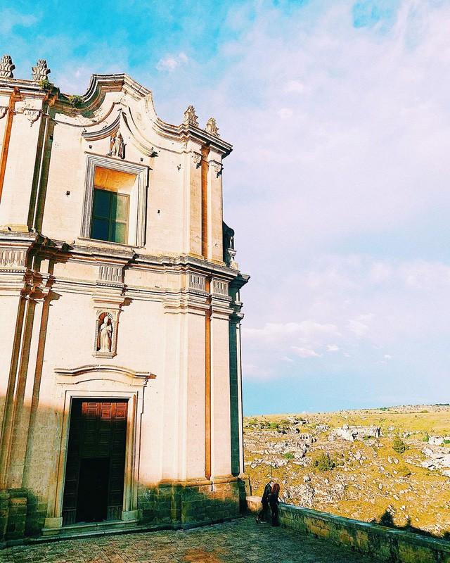 """Có gì tại hòn đảo được mệnh danh là """"thánh địa mafia"""" kì lạ hút hàng triệu du khách mỗi năm ở Ý? - Ảnh 11."""