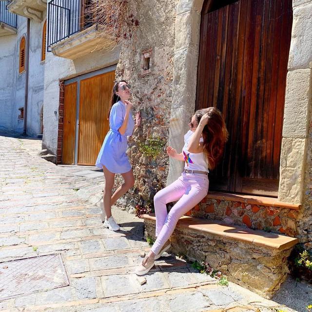 """Có gì tại hòn đảo được mệnh danh là """"thánh địa mafia"""" kì lạ hút hàng triệu du khách mỗi năm ở Ý? - Ảnh 3."""