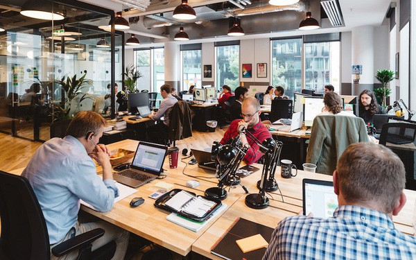 Hành trình từ một kẻ tự phụ đến một tỷ phú của CEO và người đồng sáng lập trẻ tuổi nhất của Isarel tạo nên startup tỷ đô WeWork -Adam Neumann - Ảnh 2.