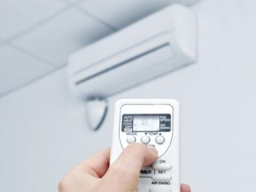 5 thói quen dùng điều hòa ngày nắng nóng dễ gây đột tử - Ảnh 2.