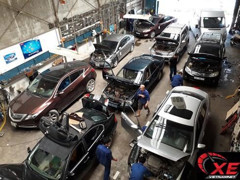 Nóng 60 độ, Lexus, BMW, Mercedes xếp hàng đi sửa điều hòa - Ảnh 1.