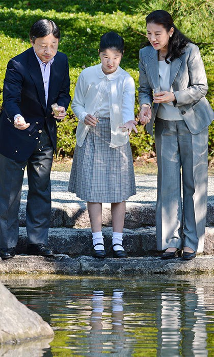 Tân Nhật hoàng Naruhito và vương phi u sầu Masako: Mối tình sét đánh, 6 năm theo đuổi, 3 lần cầu hôn và lời hứa bảo vệ em đến trọn đời - Ảnh 19.