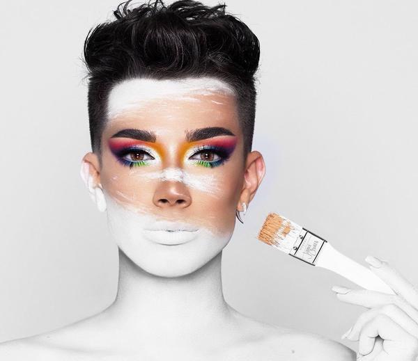 Đàn ông ngày nay chăm dưỡng da, ưa make up, chải chuốt chẳng kém gì chị em phụ nữ: Mỏ vàng của ngành công nghiệp nửa ngàn tỷ đô - Ảnh 2.
