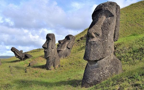 Di sản văn hoá thế giới bị tàn phá nặng nề vì con người thích sống ảo - Ảnh 1.