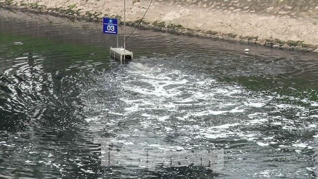 Sau 4 ngày thử nghiệm bảo bối của Nhật, sông Tô Lịch đã bớt mùi - Ảnh 10.