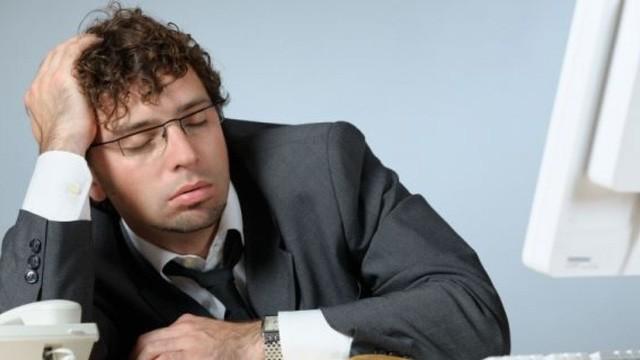 Chỉ ngủ 6 tiếng/ngày sẽ tàn phá não bộ, hủy hoại sự nghiệp của bạn kinh khủng như thế này: Thay đổi hoặc là chết! - Ảnh 1.