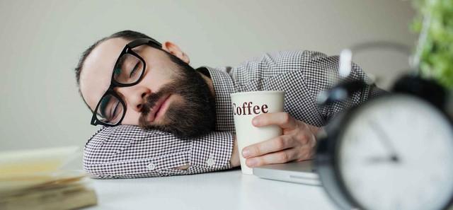 Chỉ ngủ 6 tiếng/ngày sẽ tàn phá não bộ, hủy hoại sự nghiệp của bạn kinh khủng như thế này: Thay đổi hoặc là chết! - Ảnh 3.