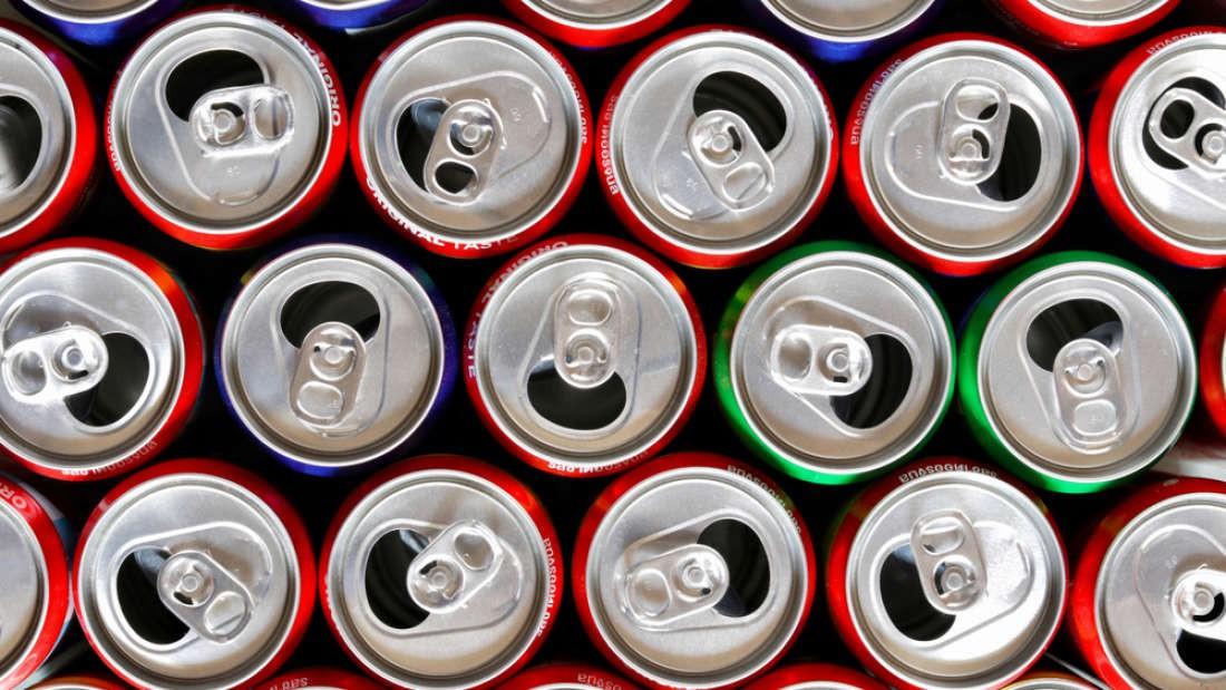 coca-cola - photo 1 15587746999451547313821 - 180 tỉ lon nước giải khát được sản xuất mỗi năm, nhưng dám cá rằng không nhiều người biết về sự thật này