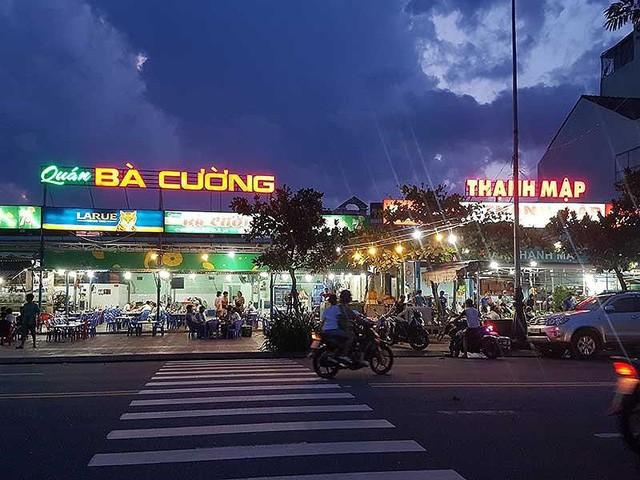 Đà Nẵng sẽ xóa hàng loạt quán hải sản ven biển - Ảnh 1.