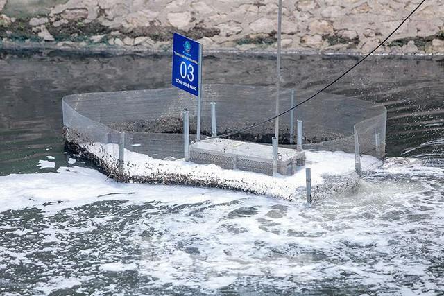 Nước sông Tô Lịch ra sao sau 10 ngày thí điểm bảo bối của Nhật?  - Ảnh 7.