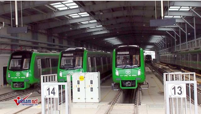 Lỡ hẹn 8 lần, Bộ GTVT lại hứa tiến độ đường sắt Cát Linh - Hà Đông - Ảnh 1.