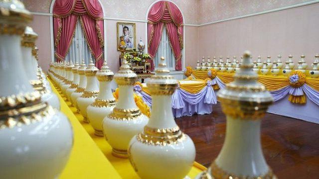 Toàn cảnh lễ đăng quang của Nhà vua Thái Lan Rama X - Ảnh 7.