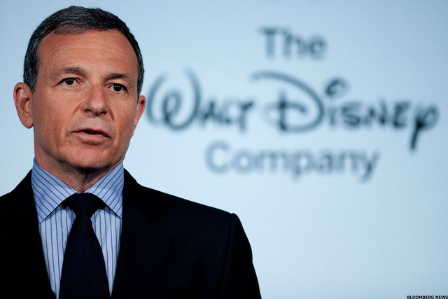 Sự thành công của loạt phim siêu anh hùng và công cuộc tái thiết đế chế giải trí truyền thông hàng đầu thế giới Disney của vị CEO khiến tỷ phú Jeff Bezos cũng ngưỡng mộ - Ảnh 1.