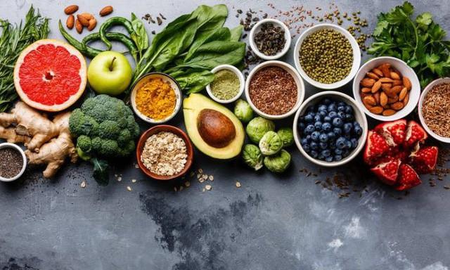 """Chế độ ăn """"nghèo nàn"""" là nguyên nhân dẫn đến các bệnh ung thư nguy hiểm nhất: Sức khỏe phụ thuộc vào những thứ bạn nạp vào cơ thể hàng ngày  - Ảnh 1."""