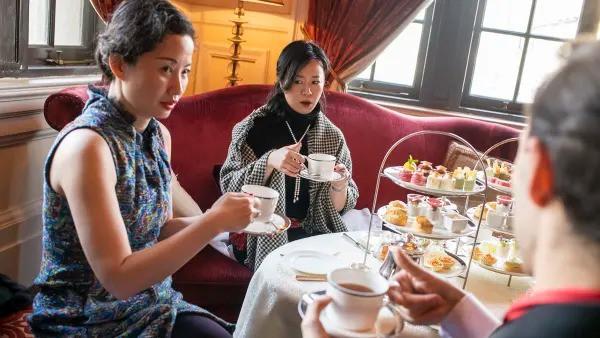 Bí ẩn ít biết trong lớp học làm quý tộc có 1-0-2 của giới thượng lưu Trung Quốc: Nhiều tiền chưa chắc đã giàu, ăn nhau ở cung cách ứng xử phương Tây!  - Ảnh 2.
