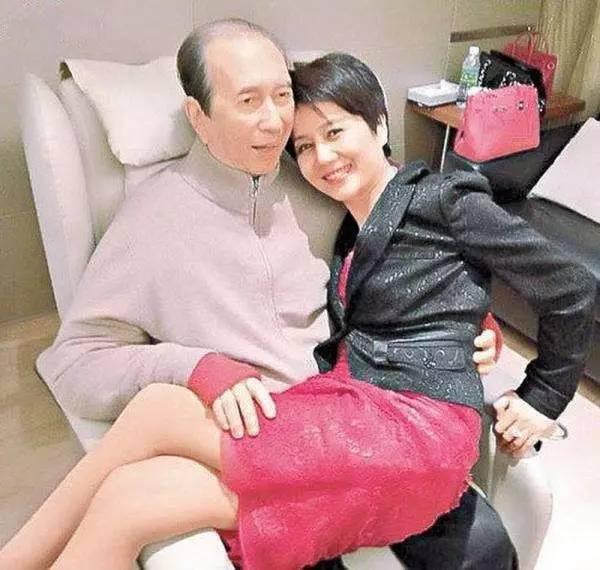 Lọ lem xuất chúng của Macau: Vũ nữ đổi đời thành bà tư gia sản chục ngàn tỷ, khiến trùm sòng bạc phải nể phục - Ảnh 14.