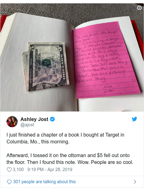 Nhận được 5 đô cùng tờ giấy nhắn kẹp trong sách từ một người lạ, cuộc sống của cô gái trẻ thay đổi hoàn toàn nhờ thông điệp ý nghĩa bên trong - Ảnh 3.