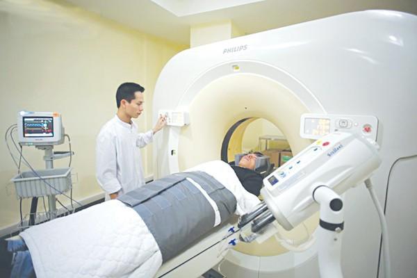 Khám sức khoẻ tháng 1 lần, nhưng vẫn không phát hiện ung thư: Bác sĩ lý giải nguyên nhân - Ảnh 1.