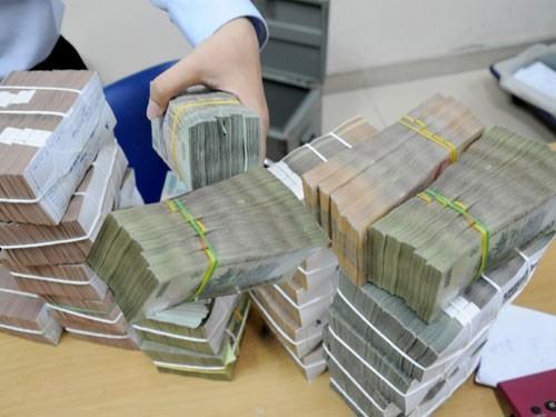 Thu không đủ chi, nợ công 3,2 triệu tỷ loay hoay vay mới trả cũ  - Ảnh 2.