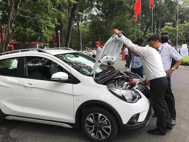 Đại gia bắt tay hồi sinh giấc mơ ô tô Việt  - Ảnh 1.