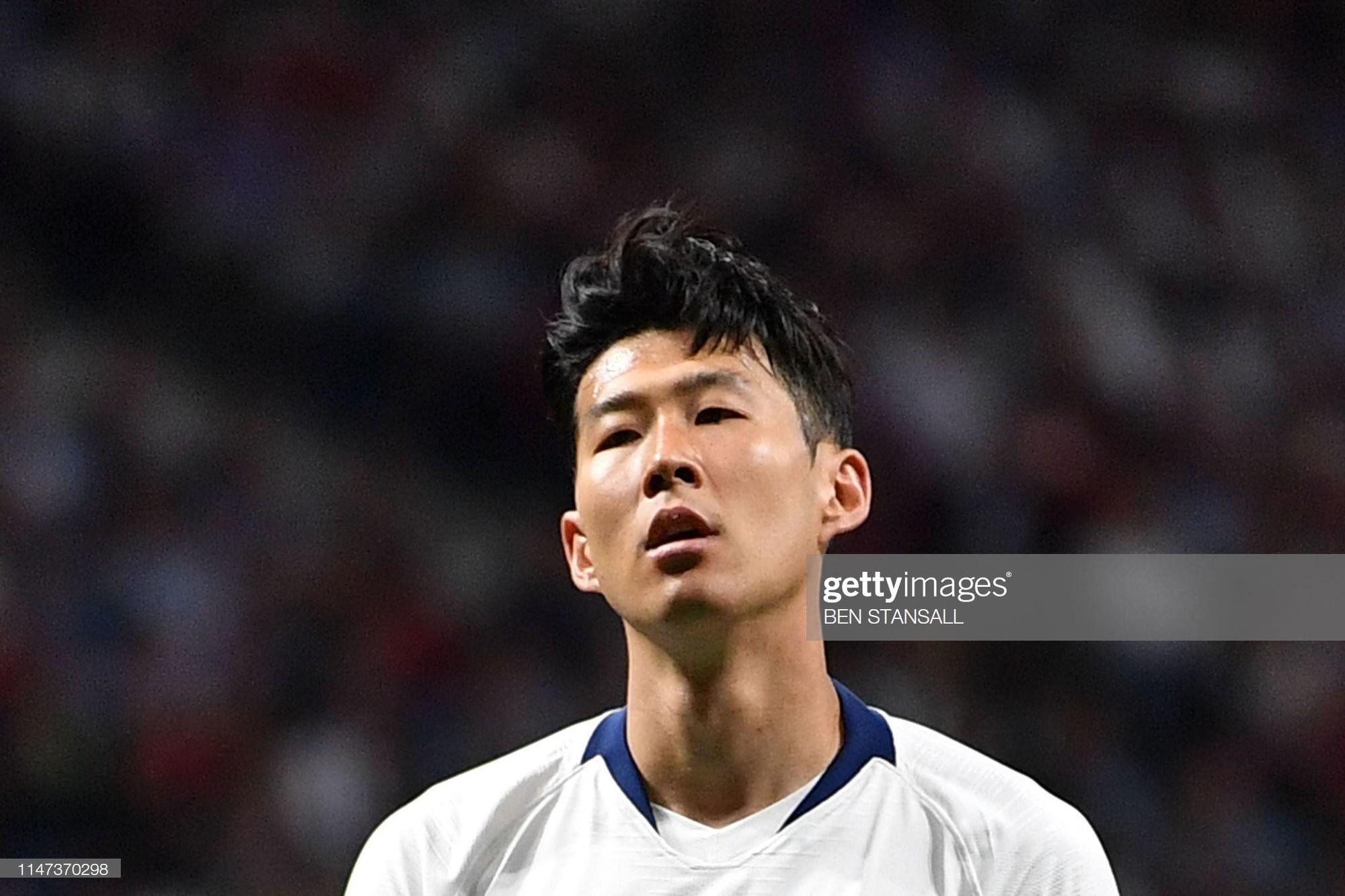 son heung-min - photo 4 15594395185051291268219 - Son Heung-min cùng đồng đội bật khóc nức nở, thất thểu lê bước sau thất bại tại trận đấu quan trọng nhất sự nghiệp