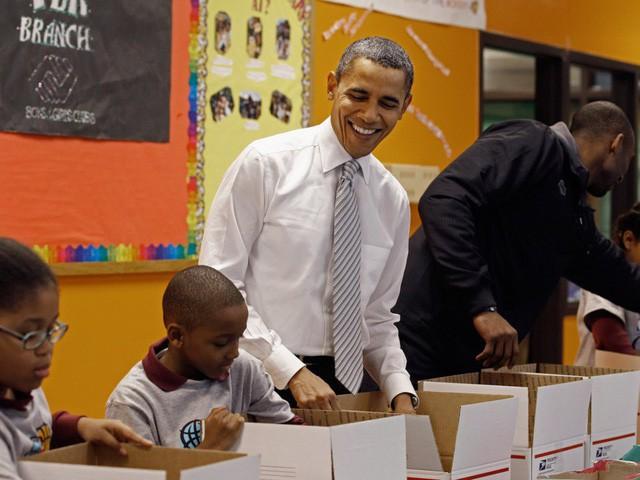Hé lộ thu nhập khủng từ công việc ít ai biết tới của gia đình cựu Tổng thống Obama sau khi nghỉ hưu và cách tiêu tiền gây bất ngờ của họ - Ảnh 21.