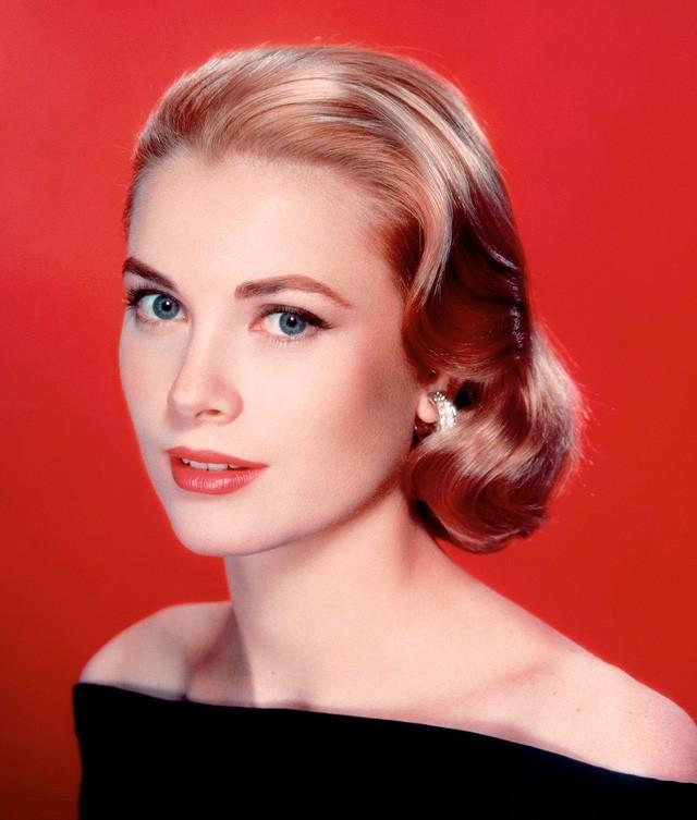 Cuộc đời ly kỳ của Grace Kelly: Tiểu thư triệu phú bỏ tượng vàng Oscar để thành Công nương hoàng gia và cái chết bí ẩn - Ảnh 3.