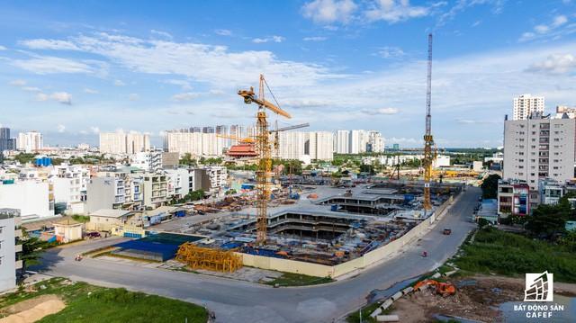 Cận cảnh dự án Raemian Galaxy City hơn 13.000 căn hộ nằm trong trung tâm Thủ Thiêm xây lụi  - Ảnh 2.