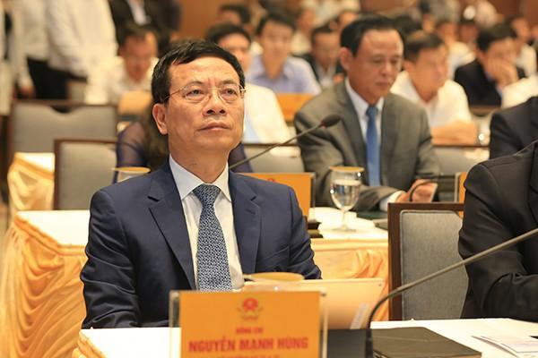 Phiên họp 10 phút đầu tiên của Chính phủ qua hệ thống e-Cabinet - Ảnh 3.