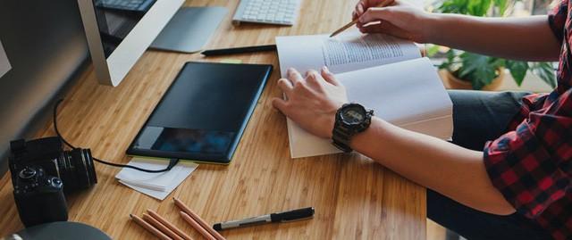 Tận dụng thời gian thông minh sẽ tạo nên thay đổi lớn trong đời: Người thành công biết cách biến khoảng thời điểm vàng này thành cú hích để thăng tiến trong sự nghiệp  - Ảnh 2.