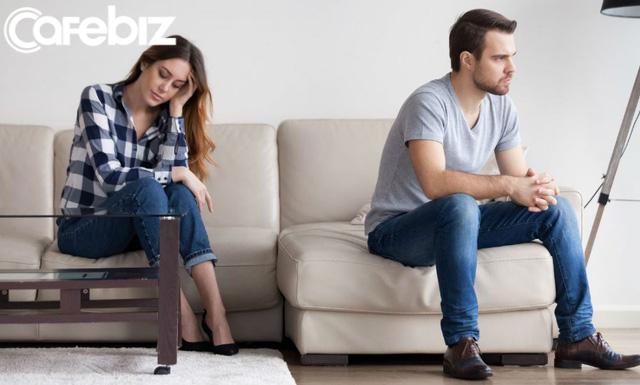 Làm sao để duy trì cuộc sống nhàm chán cùng với bạn đời? Đây là sai lầm phổ biến mà mọi người mắc phải khi kết hôn - Ảnh 1.