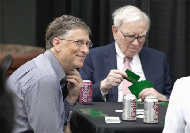Mãi mãi là bao lâu? Nhìn tình bạn của Buffett và Gates là biết: Nói chuyện liên tục 11 tiếng, chơi thân với nhau gần 30 năm! - Ảnh 1.